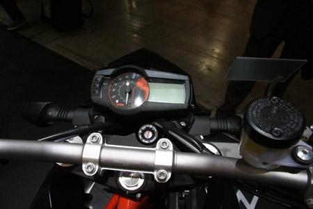 Salon de Milan 2009 en direct : KTM Duke 690 R