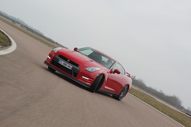 Nissan GT-R 2012 au quotidien : jour 3, à l'assaut du circuit