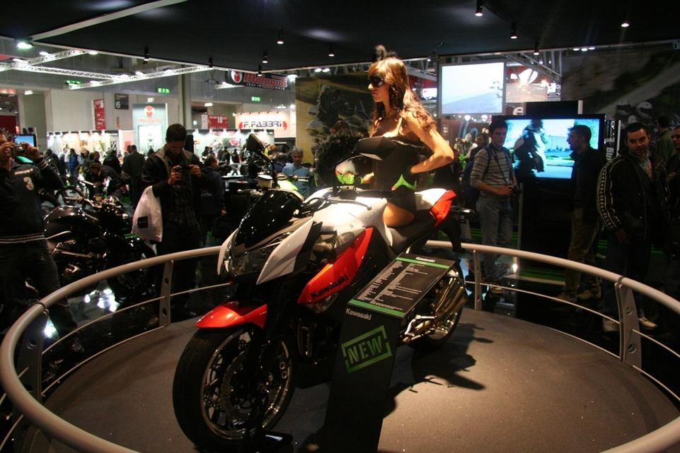 Salon de Milan 2009 en direct : Kawasaki Z 1000