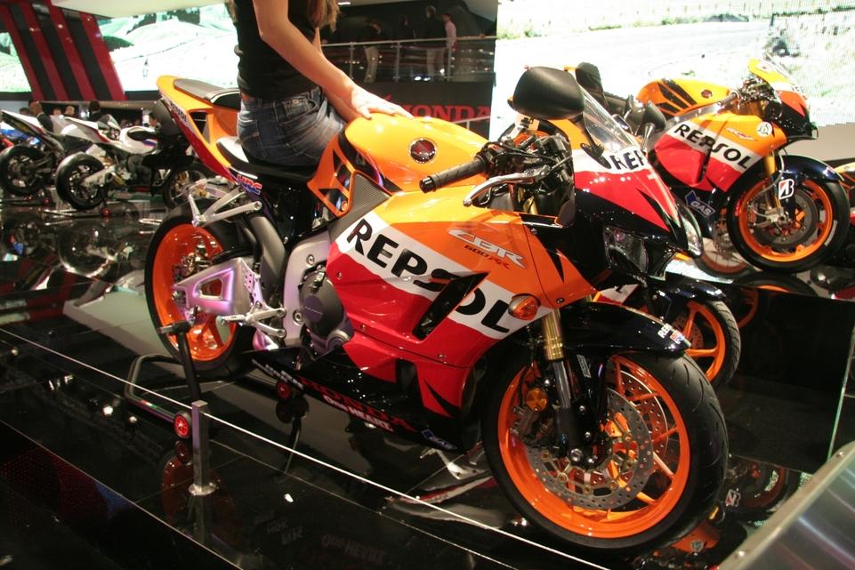 Actualité moto - En direct du Salon de Milan: La Honda CBR600RR a toujours voix au chapitre des sportives