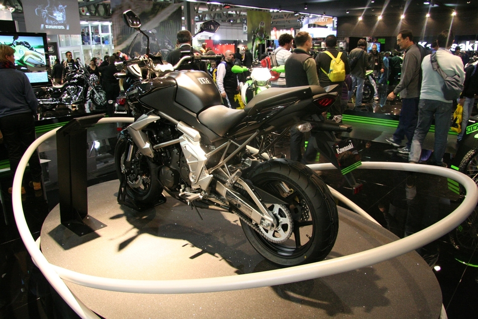 Salon de Milan 2009 en direct : Kawasaki Versys