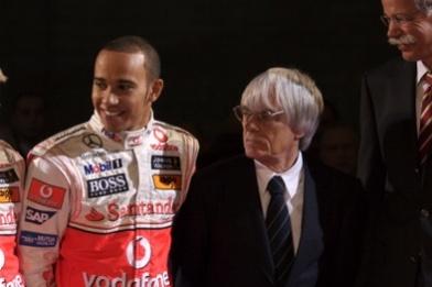 """Formule 1 - Ecclestone: """"Je veux plus de playboy !"""""""