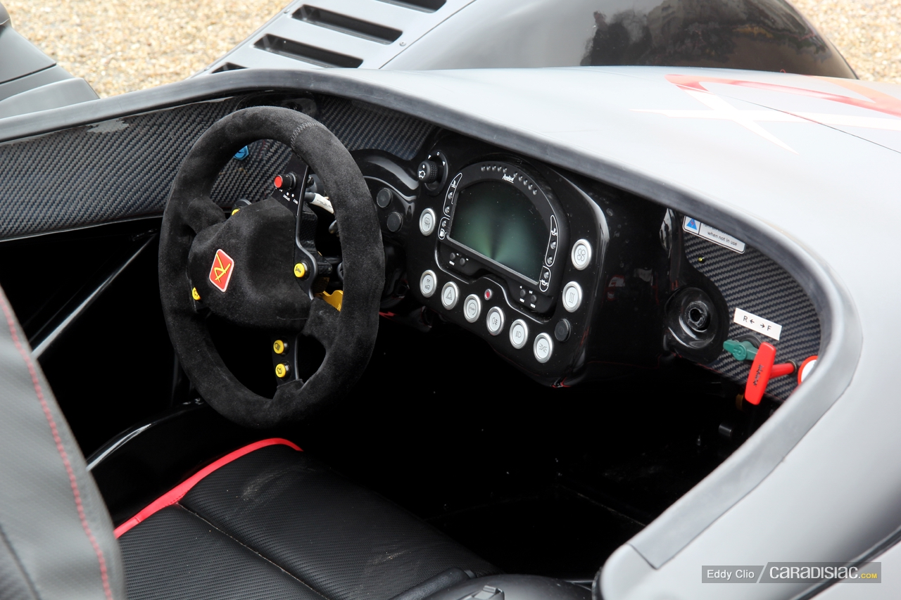 http://images.caradisiac.com/images/5/5/8/8/85588/S0-Photos-du-jour-Radical-SR3-SL-Cars-Coffee-Paris-289691.jpg