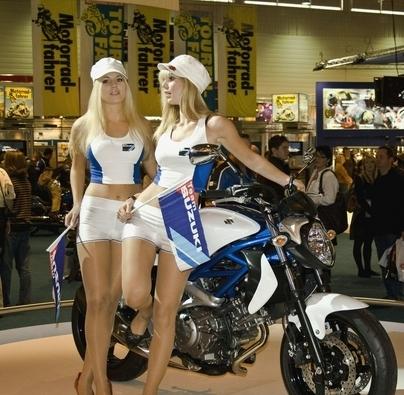 Salon Intermot 2008 : la visite des hôtesses ...
