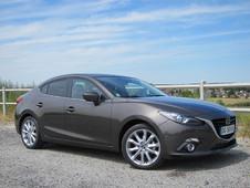 Essai – Mazda 3  4 portes : espèce rare