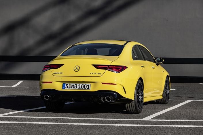 Mercedes CLA: voici la 35 AMG