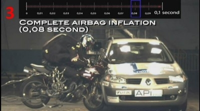 Un nouvel airbag pour le 2 roues... tout simplement génial!!