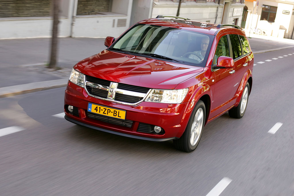 essai vid o dodge journey une journey pas deux. Black Bedroom Furniture Sets. Home Design Ideas
