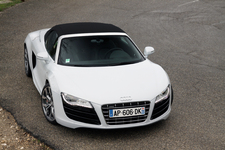 Essai vidéo - Audi R8 V10 Spyder : V10 en liberté