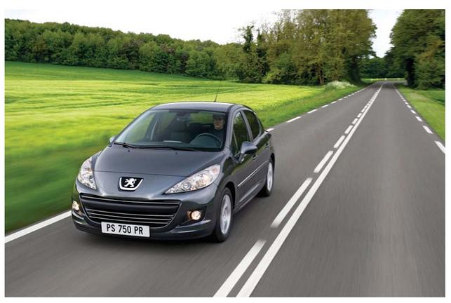 Des nouvelles Peugeot plus sobres : les 207 et coupé 407 restylés