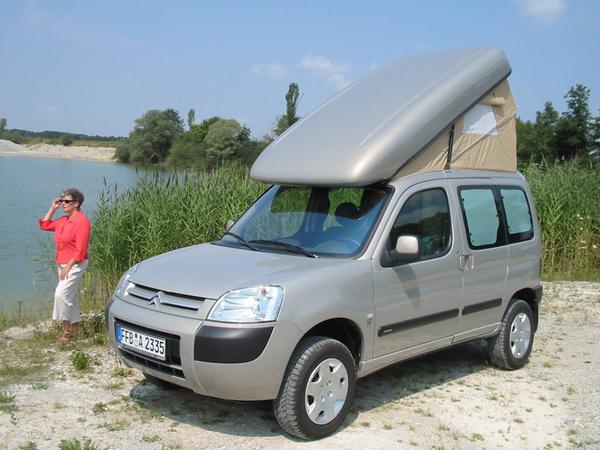 transformez votre utilitaire compact en mini camping car. Black Bedroom Furniture Sets. Home Design Ideas