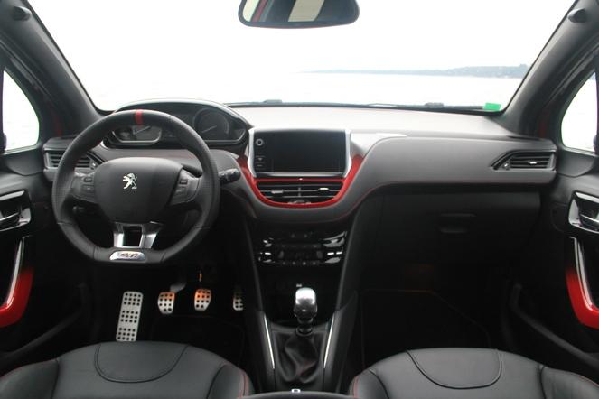 Essai vidéo - Peugeot 208 GTI : elle a  bouffé du lion !