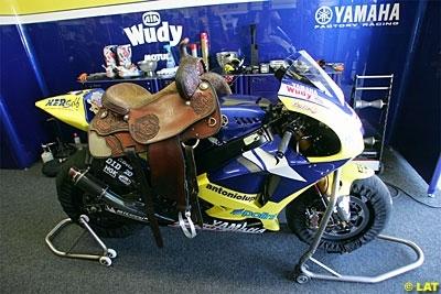 Moto GP - Malaisie: Edwards prend la main