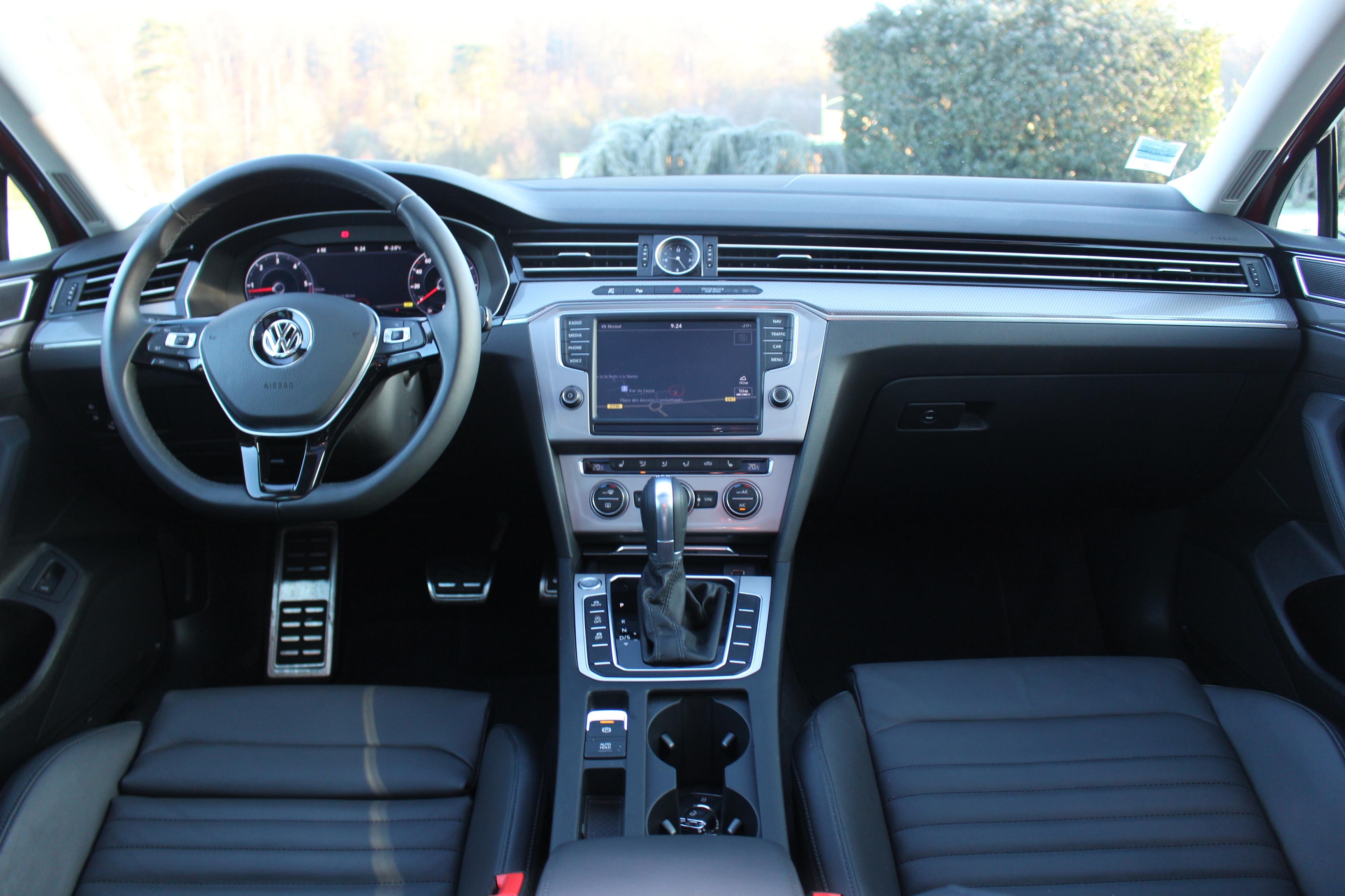 Essai Vid 233 O Volkswagen Passat Alltrack Premier De Boue