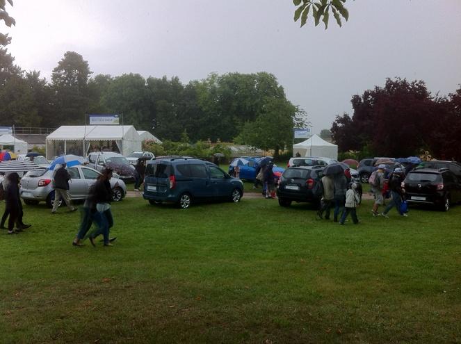 Grand pique-nique Dacia 2014: pluvieux mais heureux