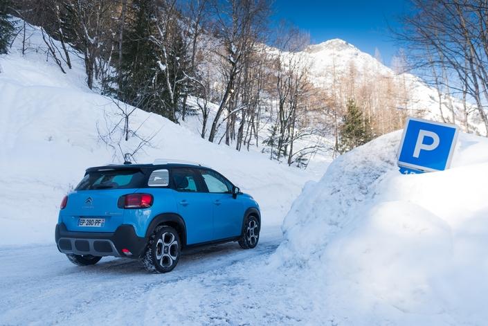 Essai à la neige du Citroën C3 Aircross : faut-il prendre l'option Grip Control ?