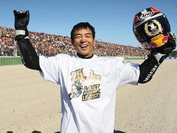 GP250 - Honda: Hiroshi Aoyama est sur un nuage