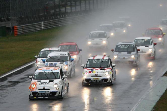 """Sport Auto : Abarth renouvelle l'expérience """"Make it your race"""""""