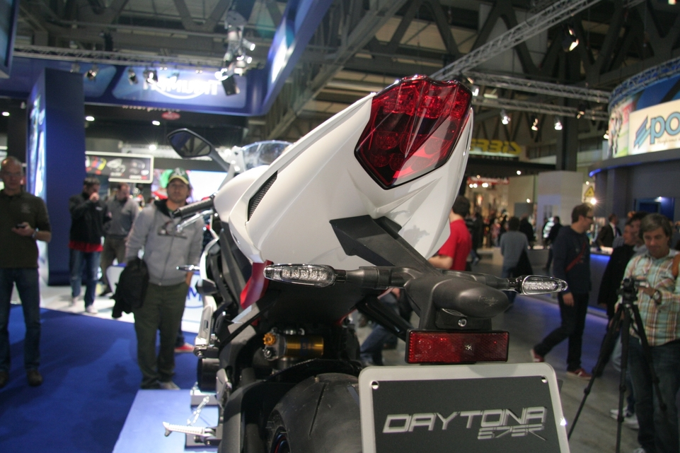 En direct du salon de Milan : Triumph Daytona 675 R