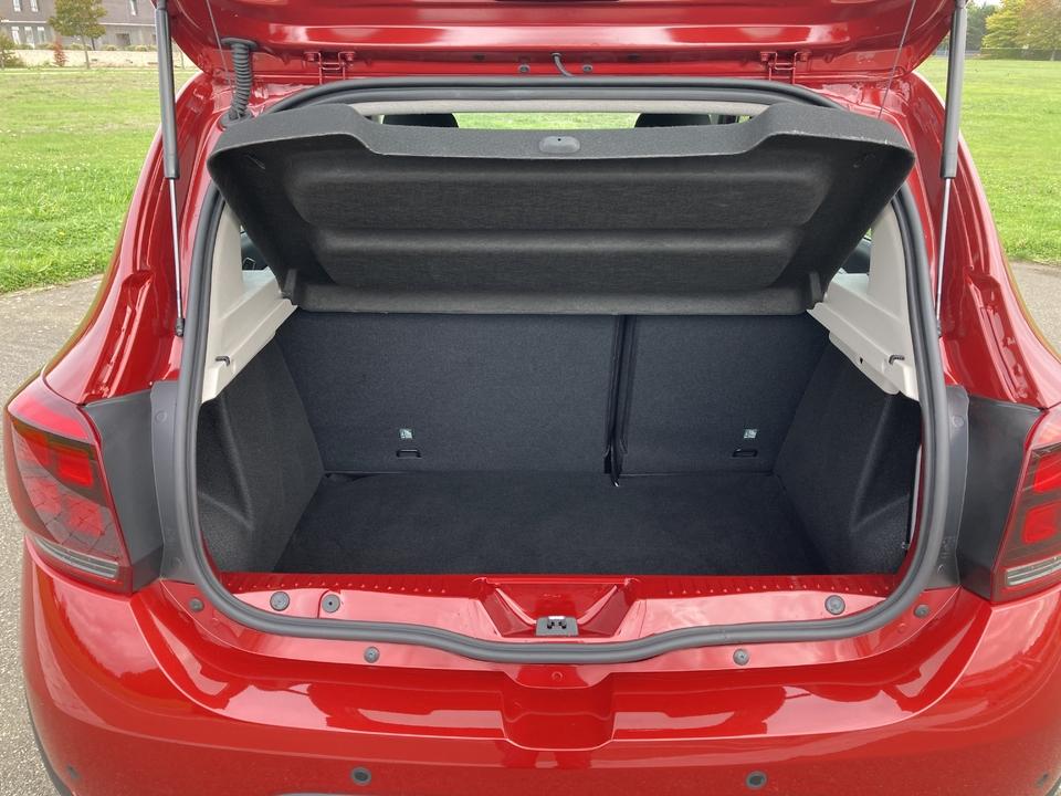 Comparatif statique - Dacia Sandero Stepway : le choc des générations