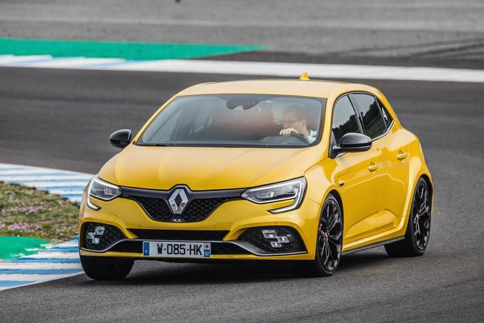 Prise en mains vidéo - Renault Mégane RS 2018 Pack Cup : l'amie des pistards du dimanche