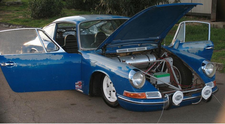 S0-Lorsque-la-preparation-d-une-Porsche-911-va-tres-trop-loin-211956.jpg