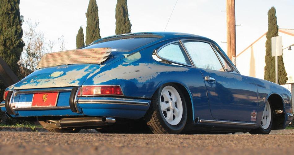 S0-Lorsque-la-preparation-d-une-Porsche-911-va-tres-trop-loin-211957.jpg
