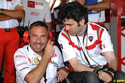 Moto GP - Ducati: Ce sera cinq motos officielles en 2009