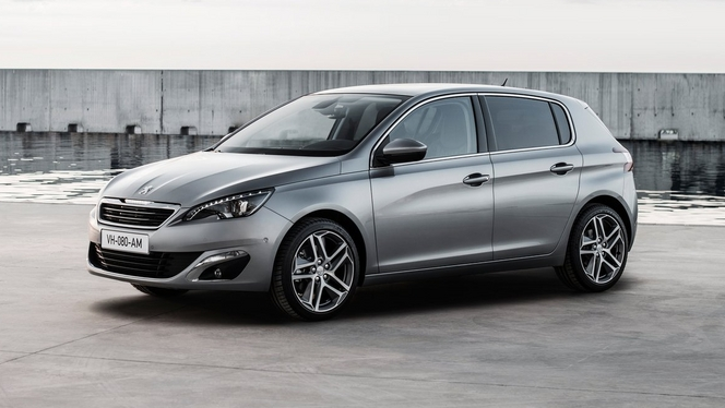 la peugeot 308 lue voiture de l 39 ann e 2014 en entreprise en france. Black Bedroom Furniture Sets. Home Design Ideas