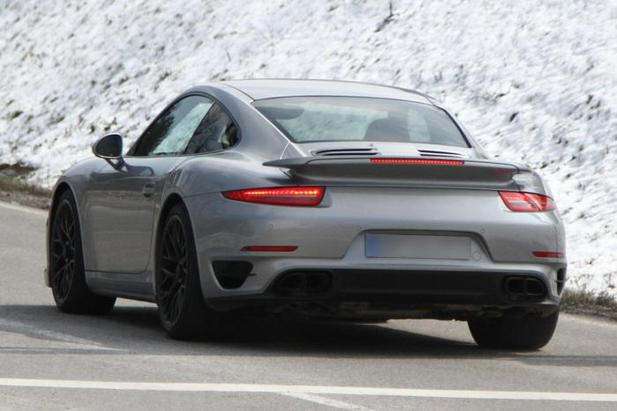 La future Porsche 911 Turbo surprise