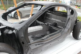Essai vidéo - BMW i8 : visiteur du futur