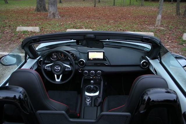 Essai - Mazda MX-5 2.0 160 : la machine à sourires