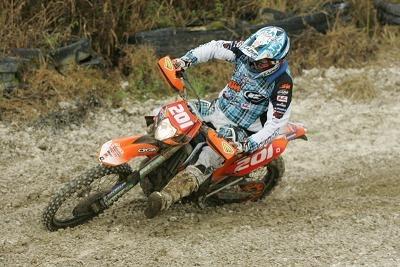 Mickael Pichon gagne le titre à Forges les Eaux