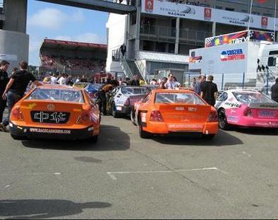 Racecarseries: Du sprint du Mans à l'endurance de Ledenon