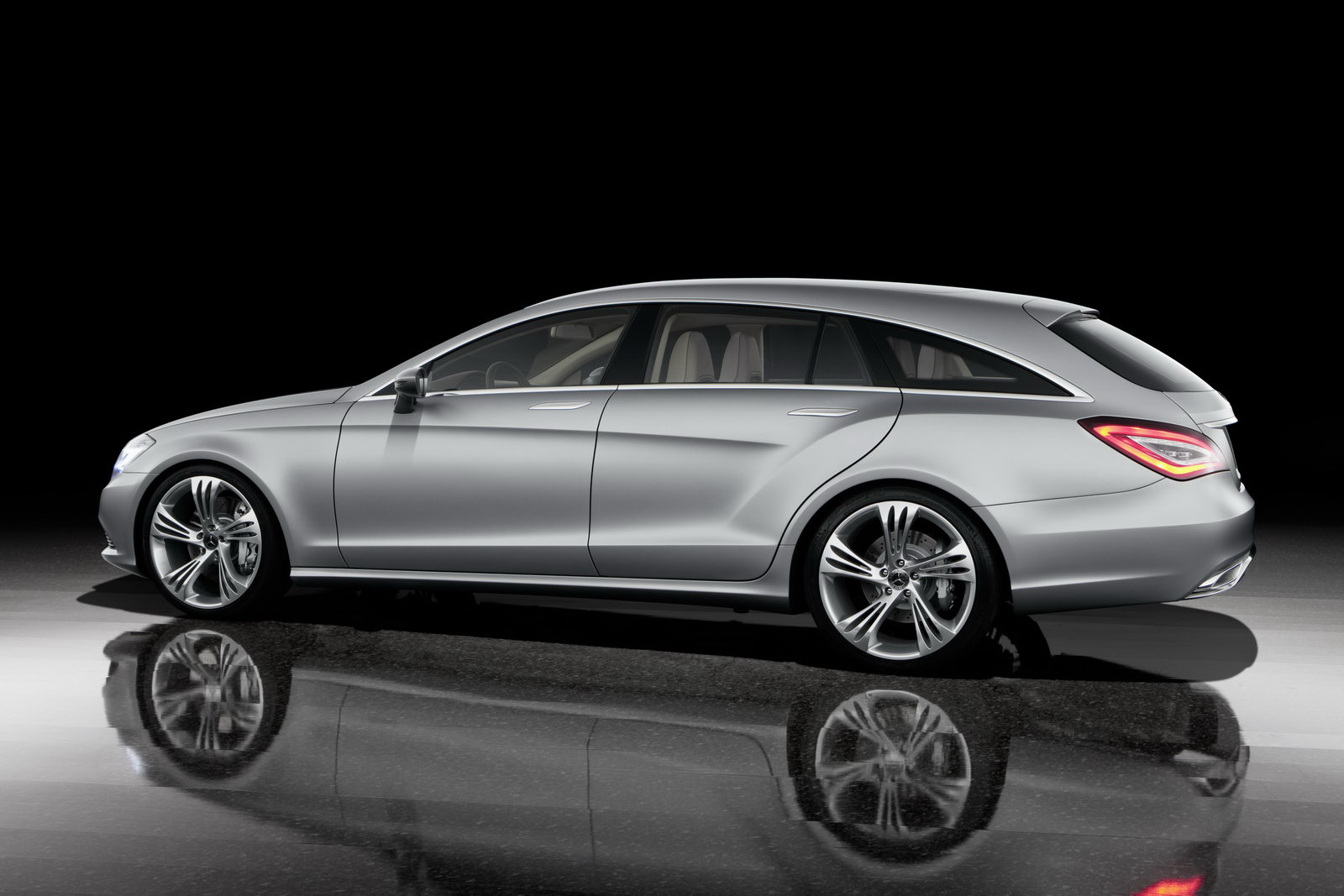 pekin 2010 mercedes cls shooting brake concept. Black Bedroom Furniture Sets. Home Design Ideas
