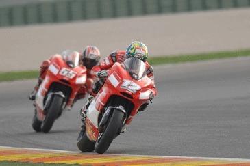 Moto GP Valence Qualif: Rossi fait la moitié du chemin