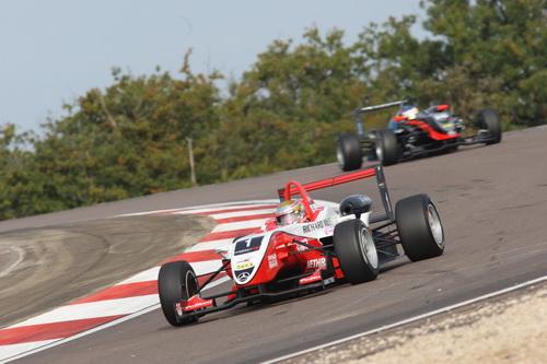 S0-Jules-Bianchi-titre-en-F3-Euro-Series-Deja-grand-d-Europe-145339