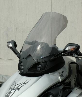 Les conducteurs de Spyder sous haute protection grâce à Bullster...