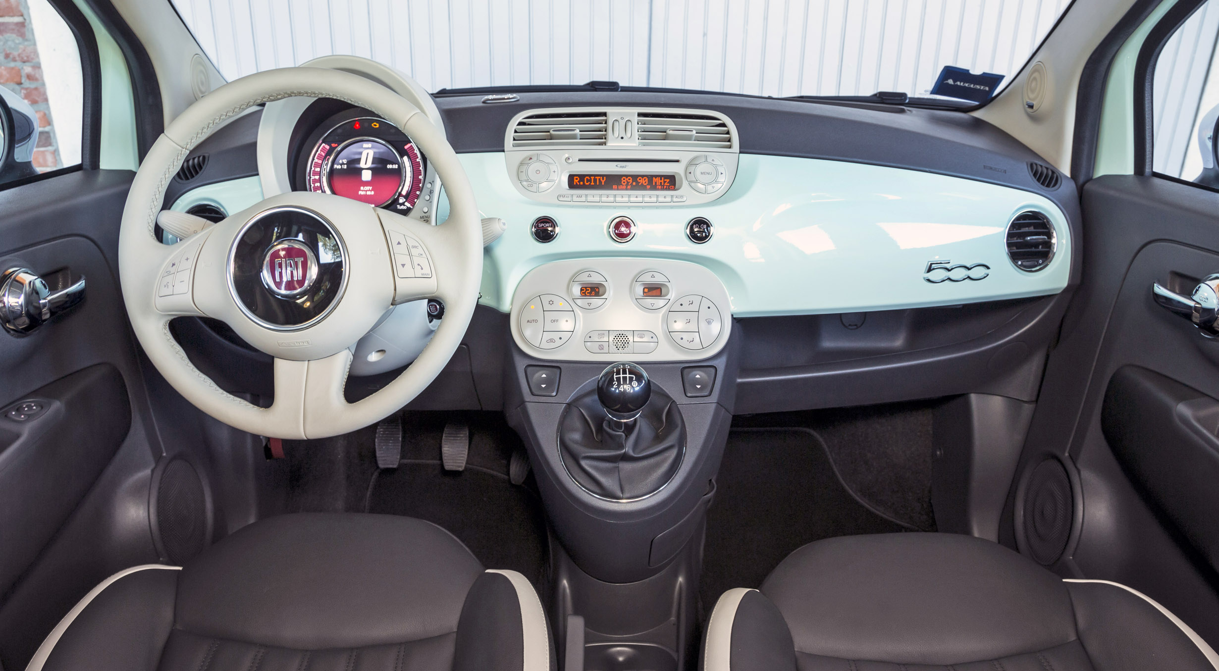 Quelle fiat 500 choisir for Fiat 500 x interieur