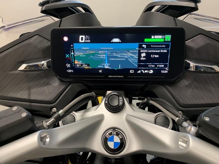 Voici la BMW R 1250 RT 2021 ! S1-voici-la-bmw-r-1250-rt-2021-649197
