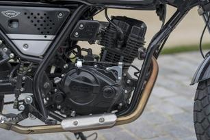 La NK01 est animée par une bloc moteur issu de la CBF125. Il développe presque 10 chevaux pour un couple de 9,4 Nm.