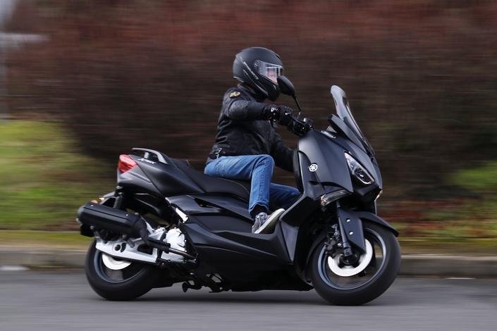 Sondage: les 14/24 ans en deux-roues motorisés sont-ils bien équipés?