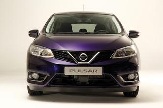 Présentation vidéo - Nissan Pulsar : retour dans la galaxie des compactes