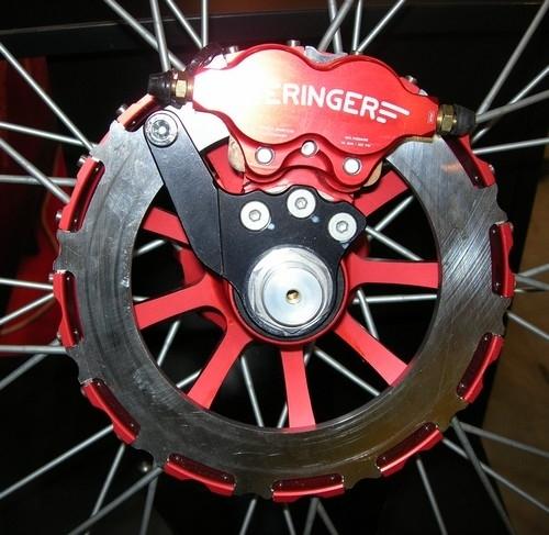 Salon de Milan 09 : Beringer se fait EICMA au freinage.