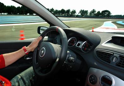 Essai groupé : Renault Clio RS vs Megane RS26 F1 Team.1