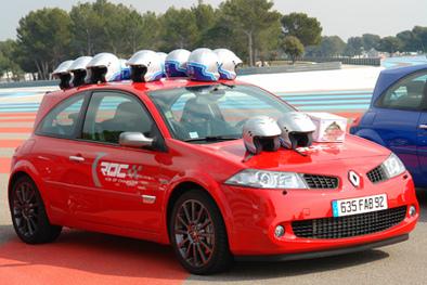Essai groupé: Renault Clio RS vs Megane RS F1 Team.2