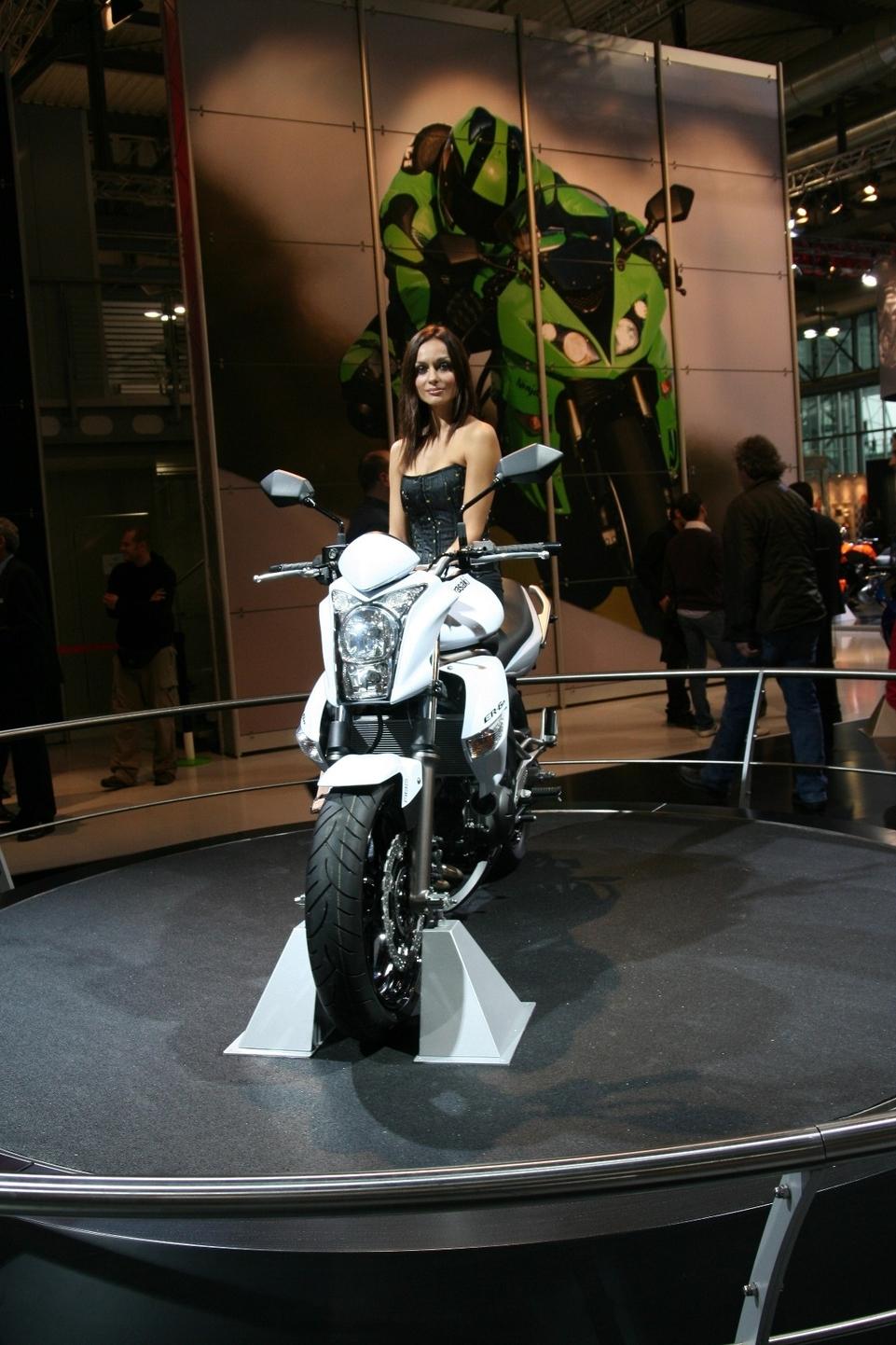 Salon de Milan 2008 en direct : toute la gamme Kawasaki