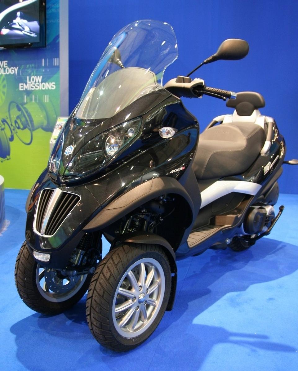 Salon de Milan en direct 2008 : Piaggio Mp3 et Mp3 Hybrid