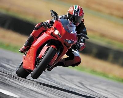 Ducati 1 098: Présentation officielle et caractéristiques