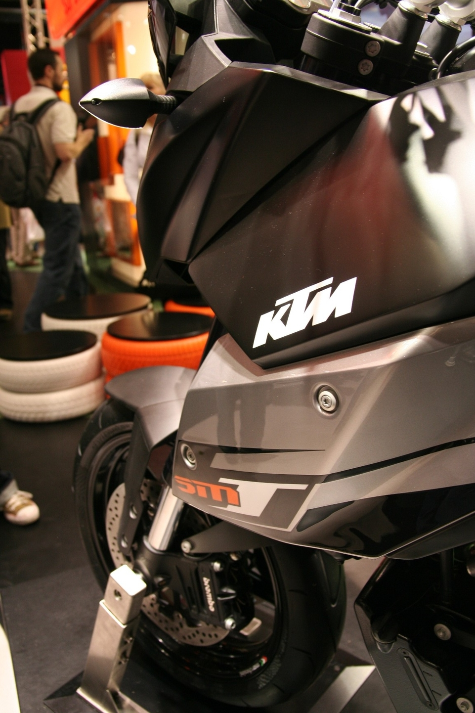 Salon de Milan 2008 en direct : KTM 990 SM T